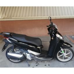 MOTO HONDA SH 300 - BARCELONA